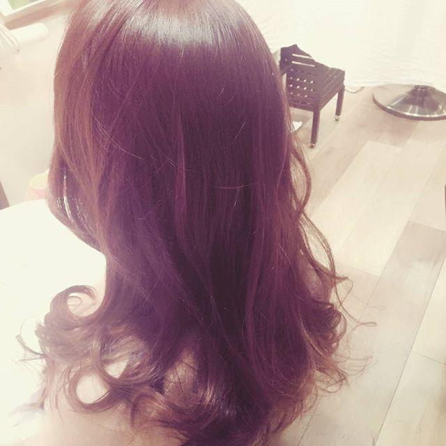 ハイライト混じりの秋の装い。。#藤沢#美容室#髪色#秋
